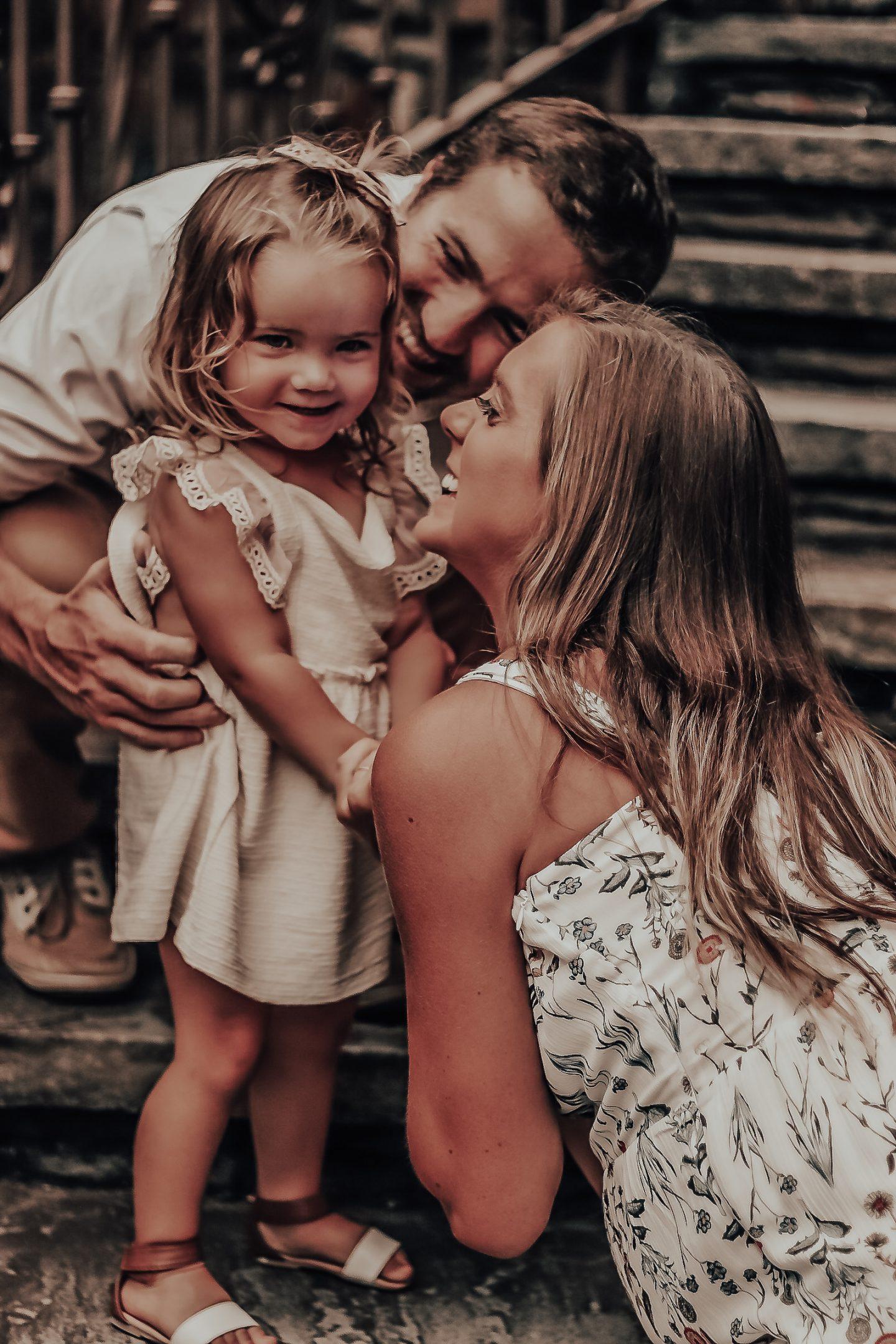 diy family maternity photos
